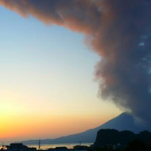 錦江湾一面に広がる火山灰